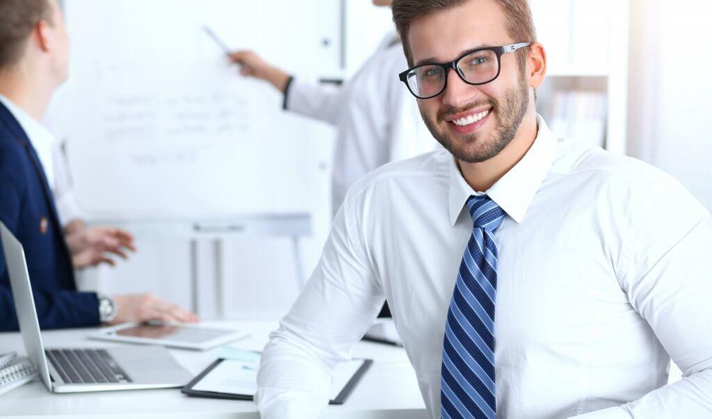 Empreendedores de sucesso acumulam experiências que influenciam diretamente no modo como administram seus negócios. Leia dicas no Blog FoxManager.