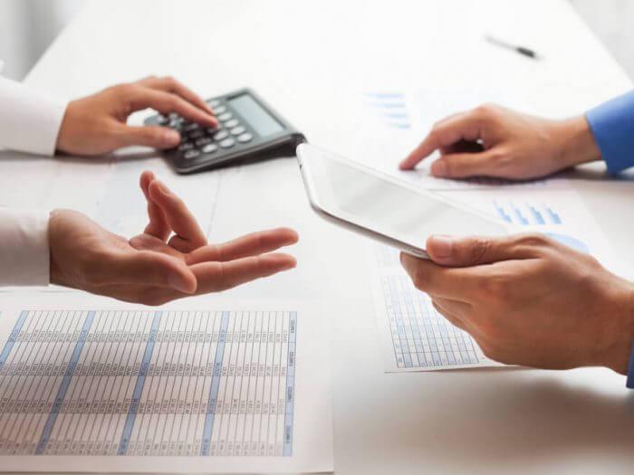 renegocie os contratos com bancos sobre empréstimos