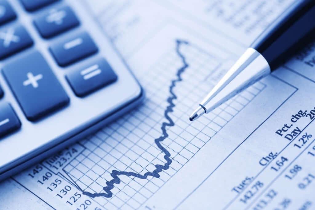 Os valores pagos a fornecedores entram no balanço patrimonial
