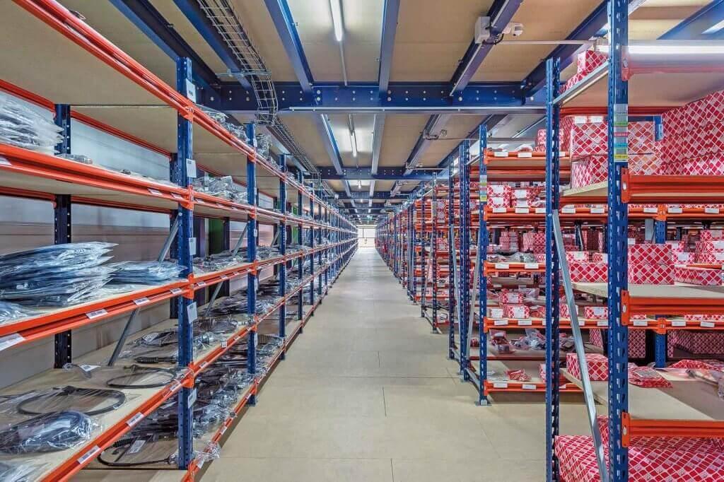 É de fundamental importância destacar que o estoque é um setor vital para qualquer empresa