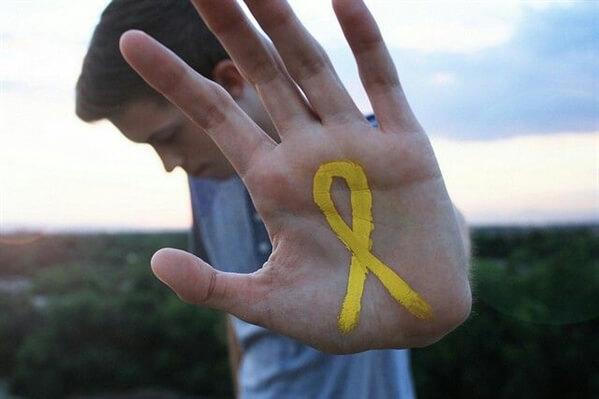 Setembro Amarelo: invista na saúde dos colaboradores