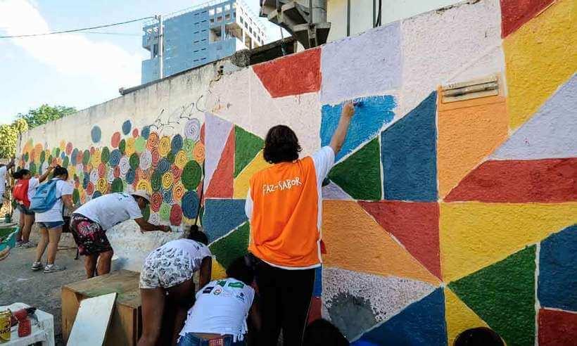 Exemplo de trabalho junto a comunidade local visando a revitalização de seu espaço urbano