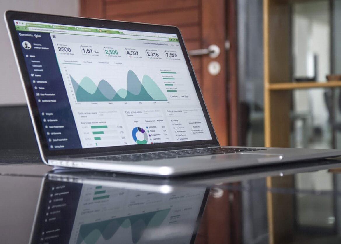 É possível racionalizar recursos e melhorar a produtividade por meio de dados obtidos em relatórios gerenciais