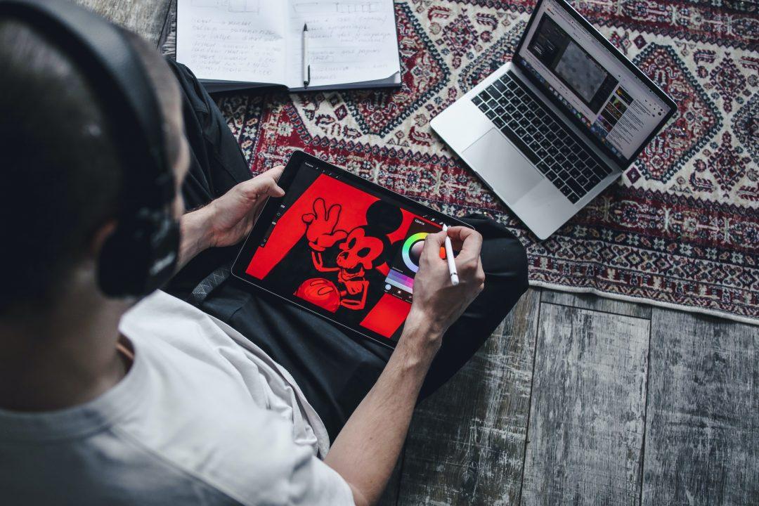 Cursos online gratuitos para crescer na carreira