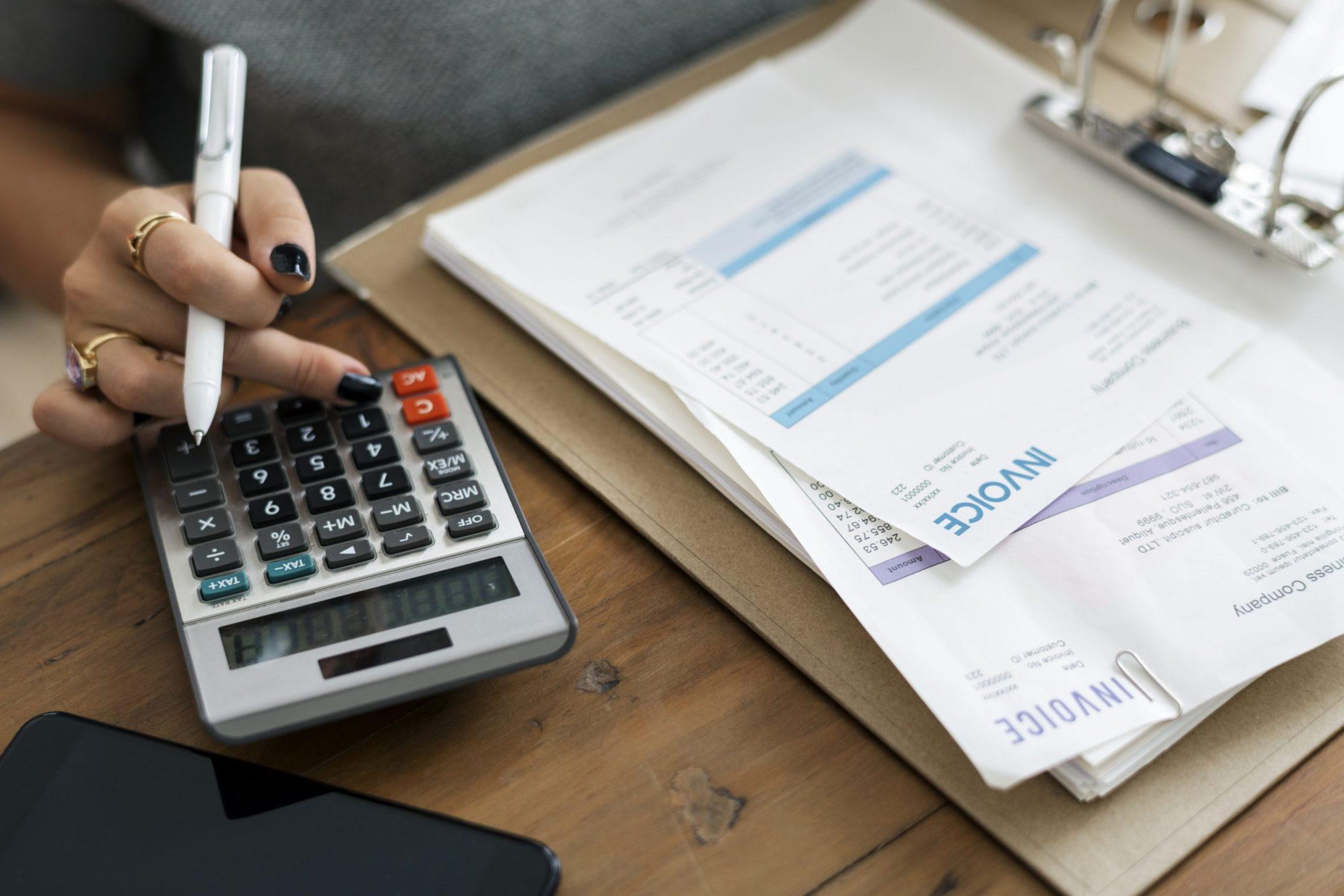 A Inscrição Estadual é obrigatória para o recolhimento do ICMS, bem como para emissão de Notas Fiscais de produtos.