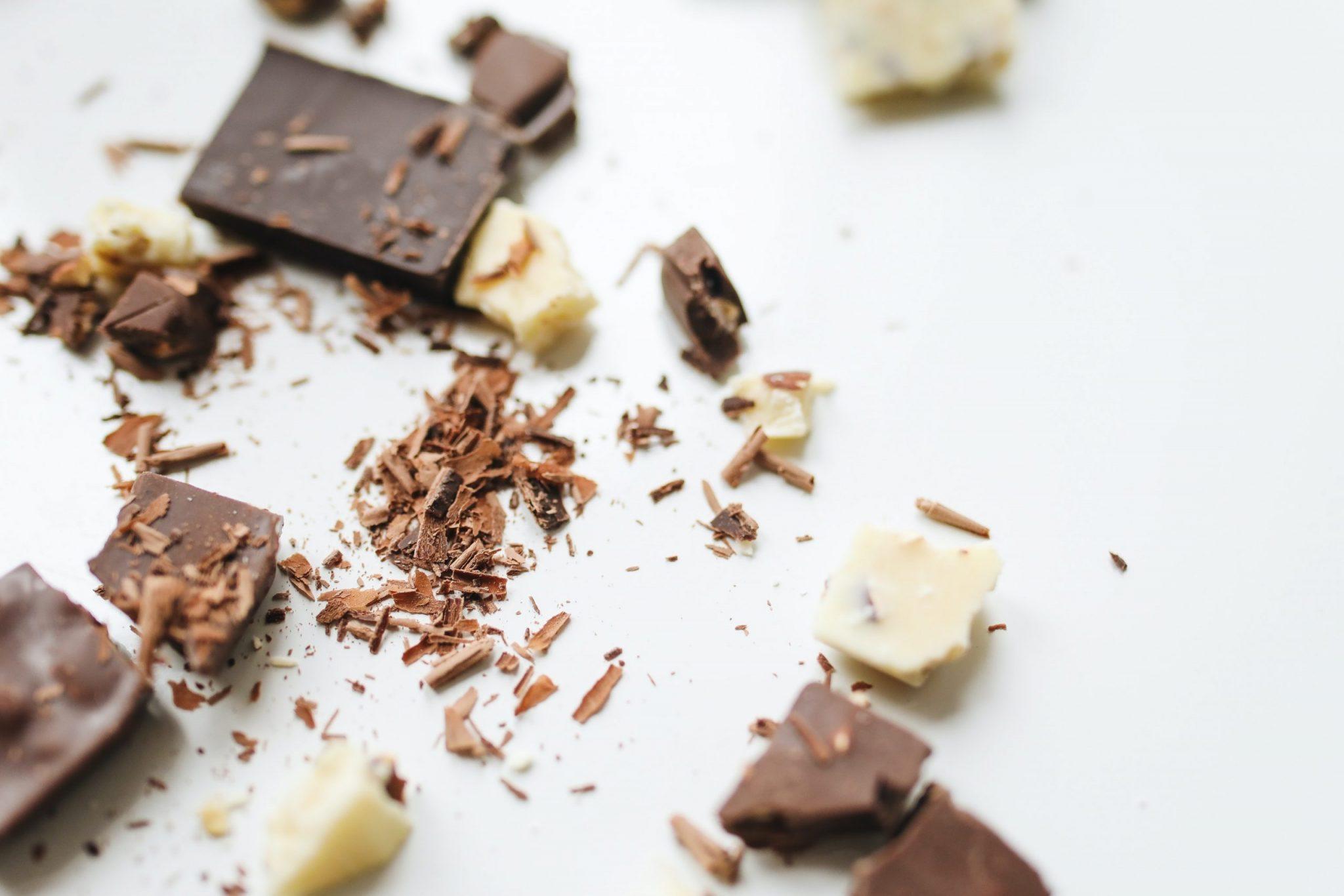 Chocolates e doces em geral são opção para a páscoa, que podem ser fabricados até mesmo em casa.