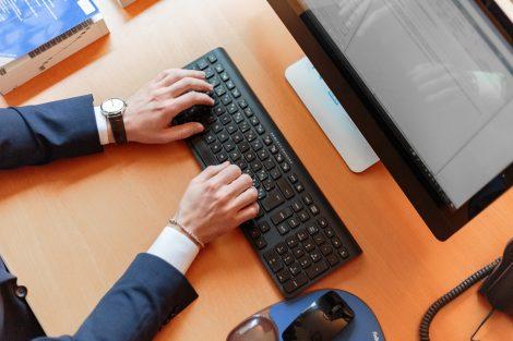 Home office: 7 modelos de negócios online para fazer em casa